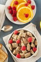 cereali tritati sani integrali foto
