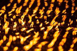 candela della chiesa di fila. foto