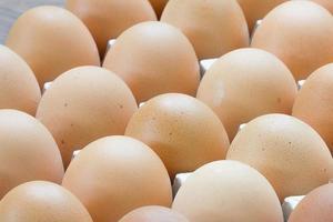 uovo, uovo di gallina nel pacchetto.