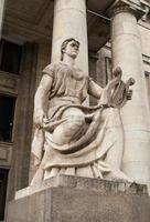 monumenti su palazzo la cultura una scienza foto
