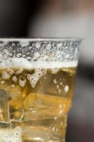 tazza di birra fredda foto