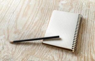 album da disegno in bianco foto