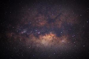 primo piano della Via Lattea, fotografia a lunga esposizione, con grano