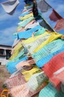 bandiere di preghiera tibetane foto