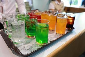 bevanda analcolica di colore foto