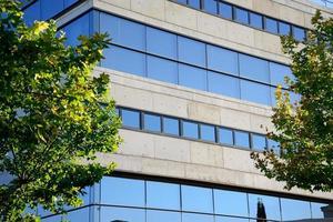 facciata della sicurezza sociale di ciudad real, spagna. foto
