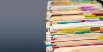 appendere vecchie cartelle di file con spazio di copia neutro