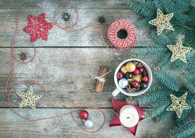 sfondo di decorazione di Natale (anno nuovo) con uno spazio di copia: a
