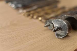 sfondo di carpenteria con copia spazio a sinistra e in basso. foto