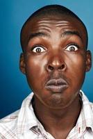 sciocco uomo africano foto