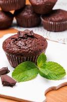 primo piano muffin al cioccolato