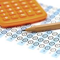 punteggio del test del foglio di risposta con il calcolatore della matita