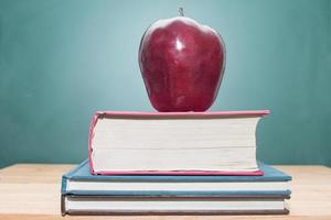 mela sui libri foto