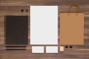 collezione mock-up di branding per la presentazione ci foto