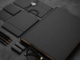 set di mock up elementi su sfondo nero. Rendering 3D foto