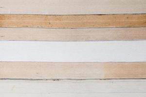 libri vecchi e usati o libri di testo visti dall'alto. foto