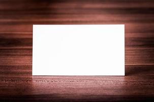 biglietto da visita bianco identità aziendale. foto