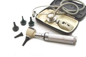 set otoscopio e opthalmoscopio per esame oculistico con stetoscopio, foto