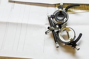 occhiali usati per i test della vista.