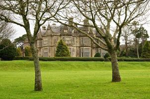Muckross House nel parco nazionale di Killarney foto