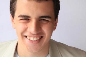 adolescente sorridente foto