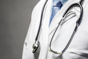 simbolo medico - medico con stetoscopio foto
