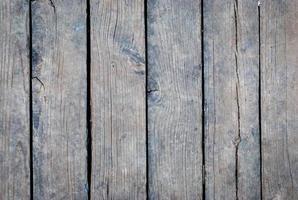 struttura in legno con motivi naturali foto