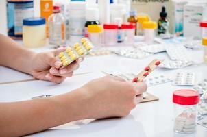 prescrizione di medicina foto