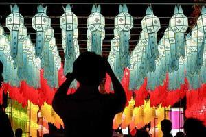 Lanterne di carta nel festival di Yee-Peng, Chiangmai Tailandia
