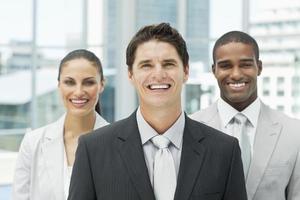 Ritratto di un team diversificato foto
