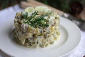 insalata russa tradizionale di Capodanno foto