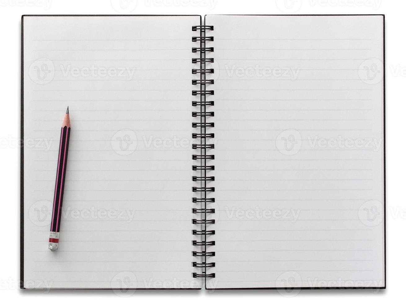 caderno espiral branco e lápis isolado foto