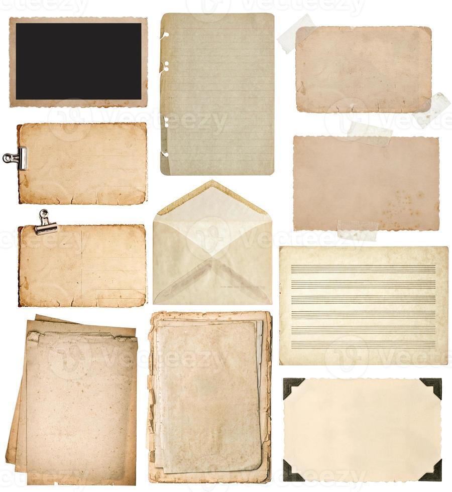 conjunto de folhas de papel usado. foto