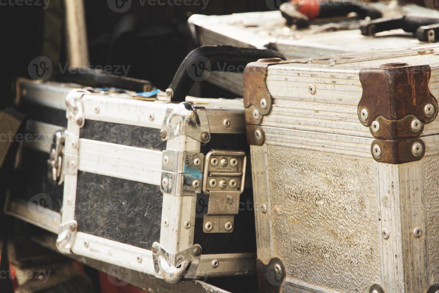 caixas de metal foto