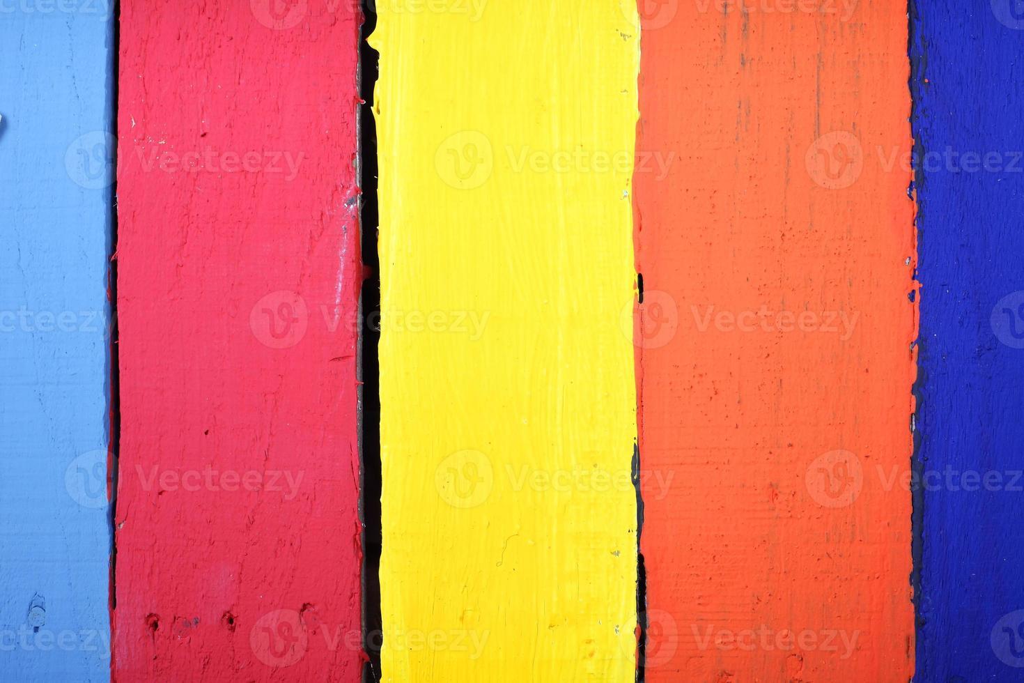painéis de madeira coloridos foto