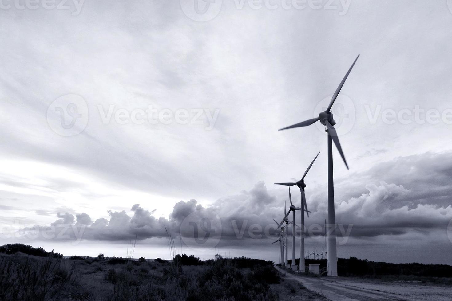 moinhos de vento bozcaada foto