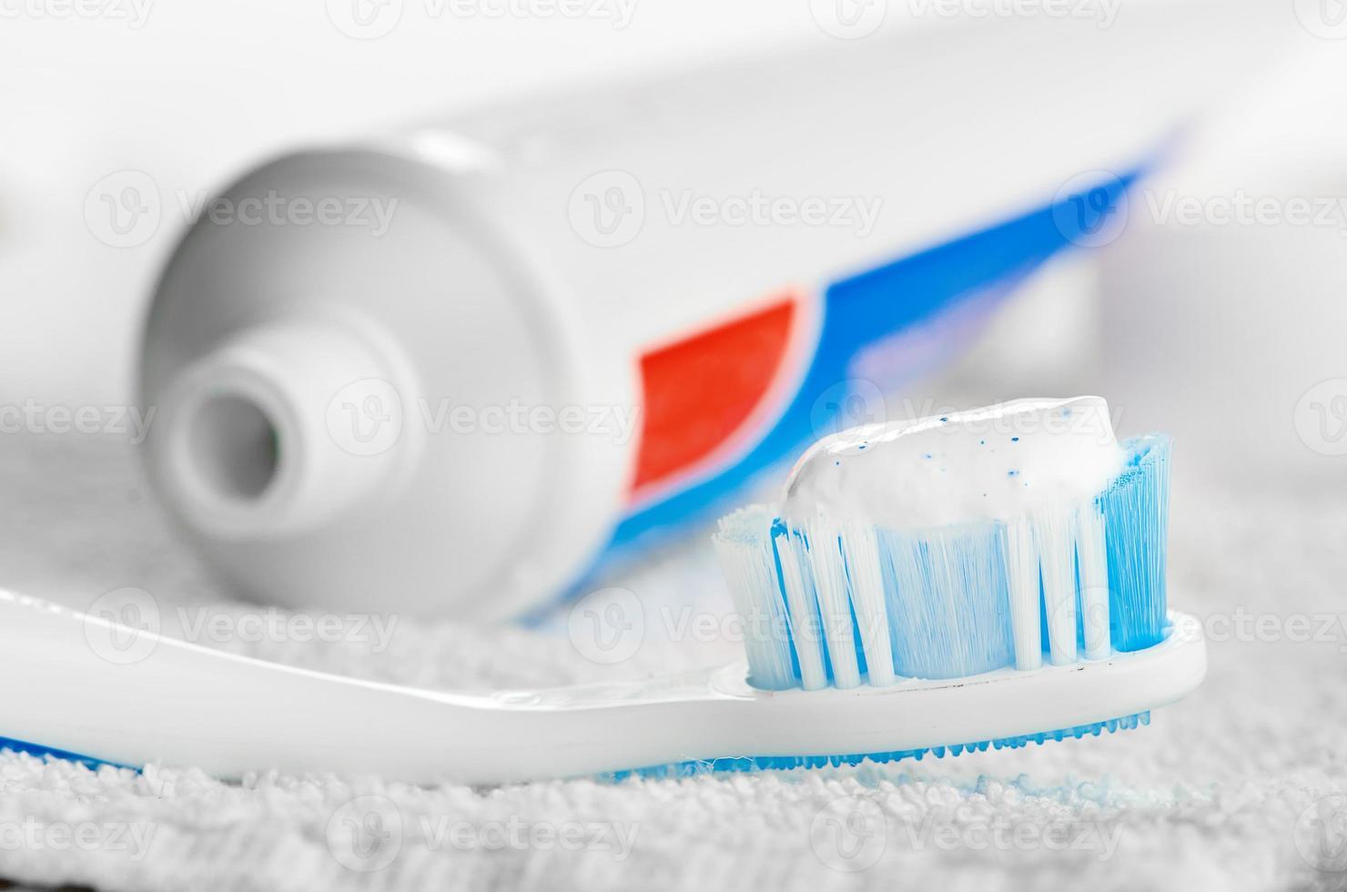 pasta de dentes foto