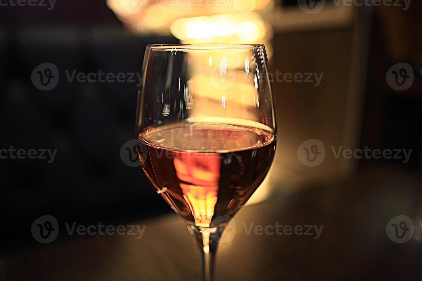 copo de vinho restaurante interior servindo jantar foto