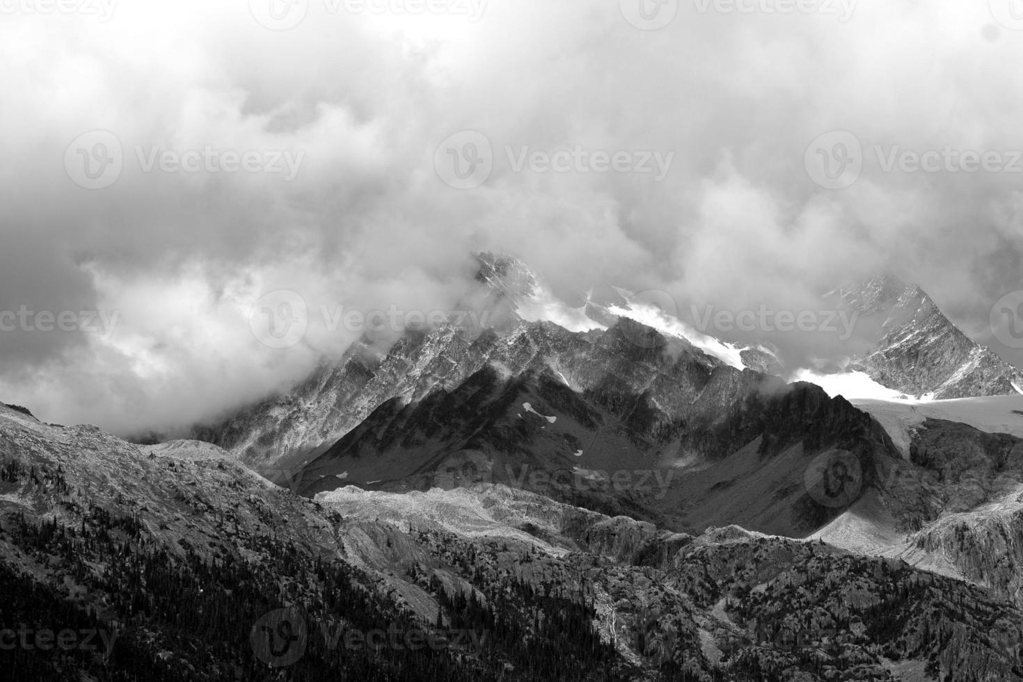 montanhas rochosas canadenses 3 foto