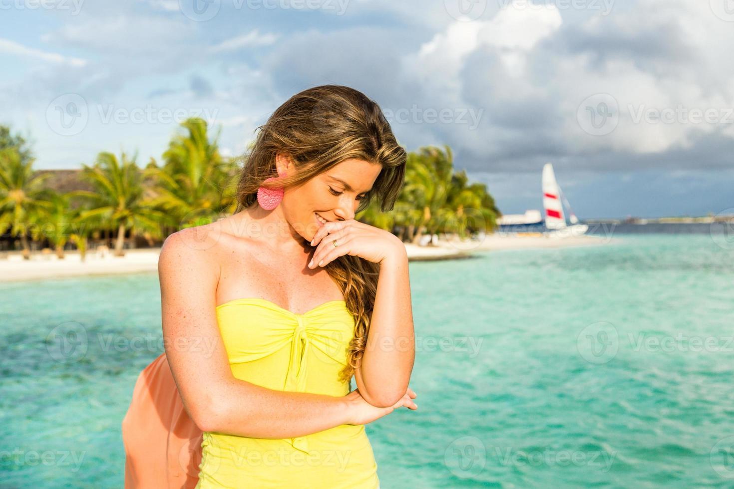 mulheres nas ilhas maldivas foto