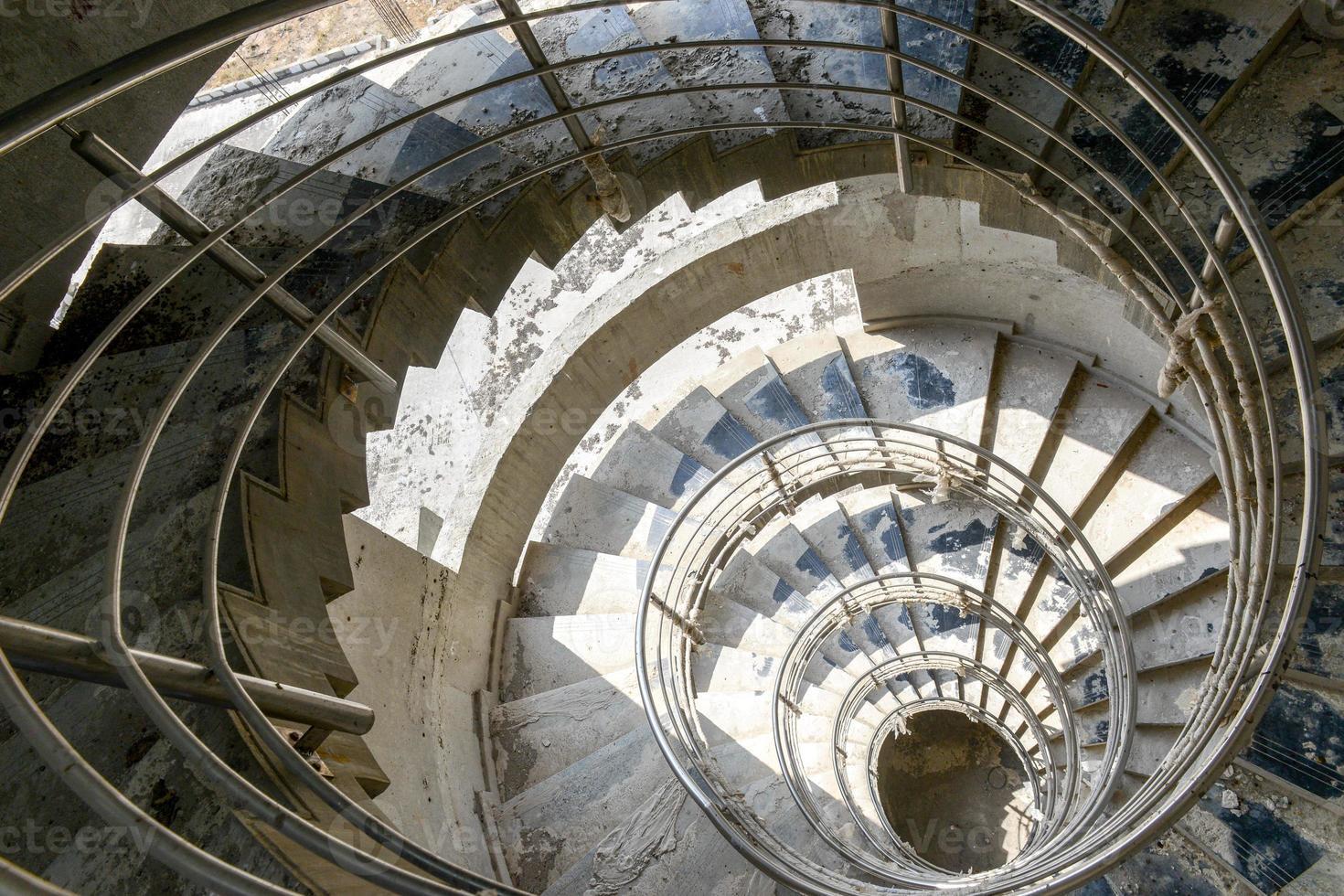 escada em construção foto