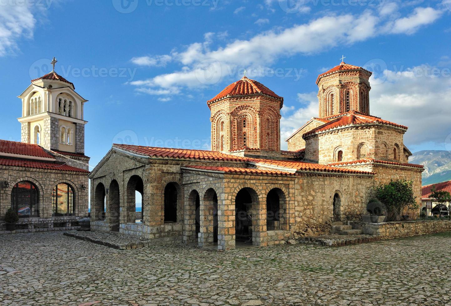 mosteiro de saint naum foto
