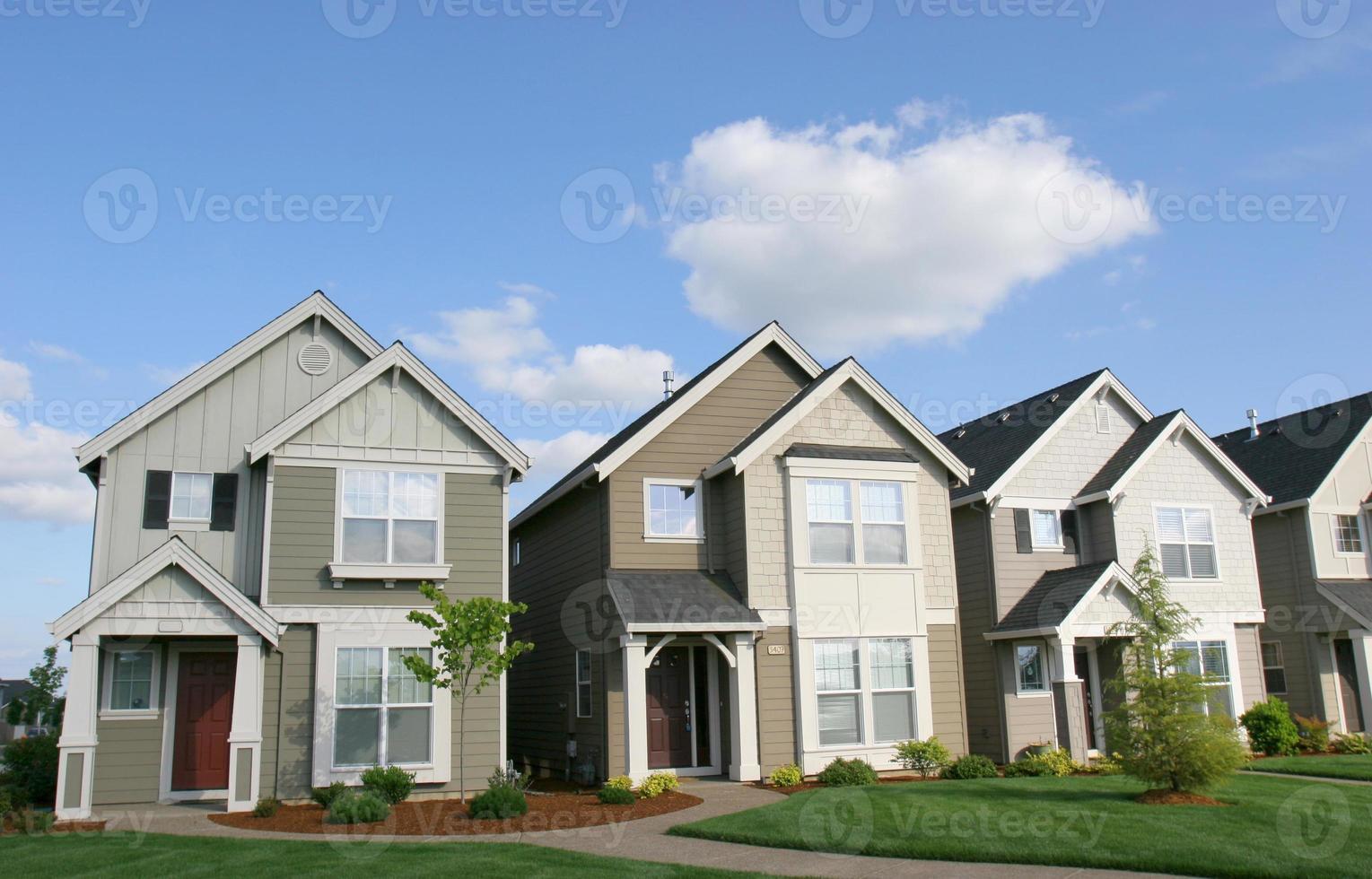 casas ensolaradas foto