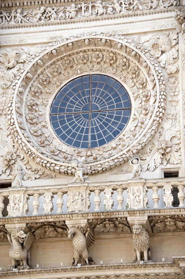 rosácea, basílica de santa croce, lecce - itália foto