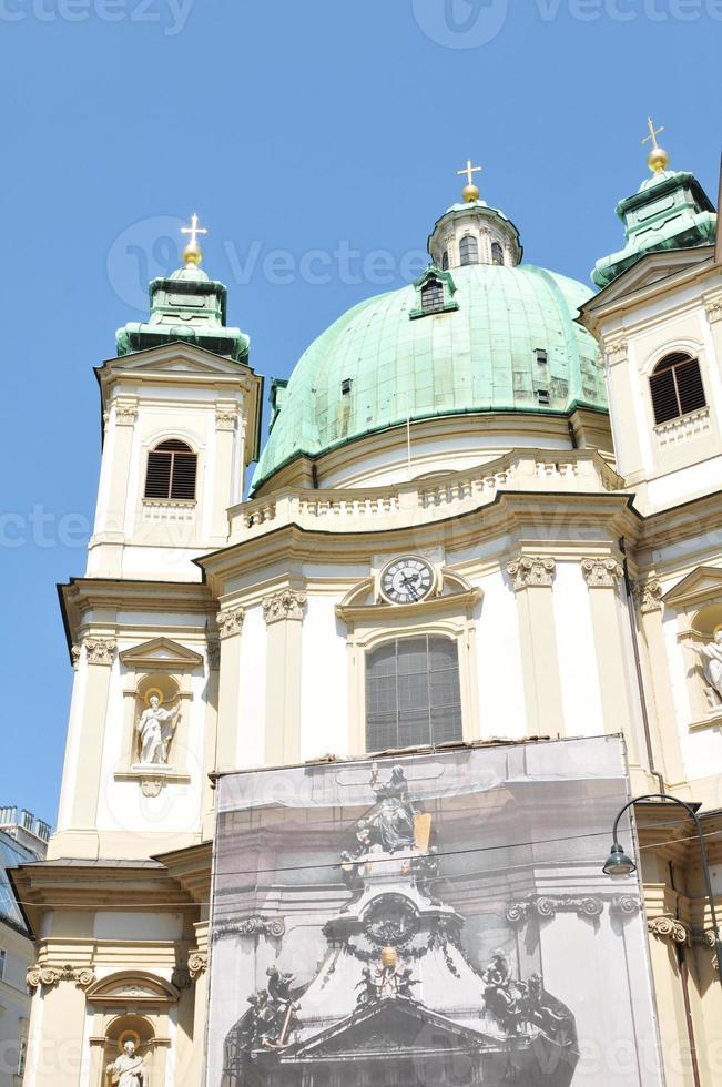 st. igreja de peter (peterskirche) em viena foto