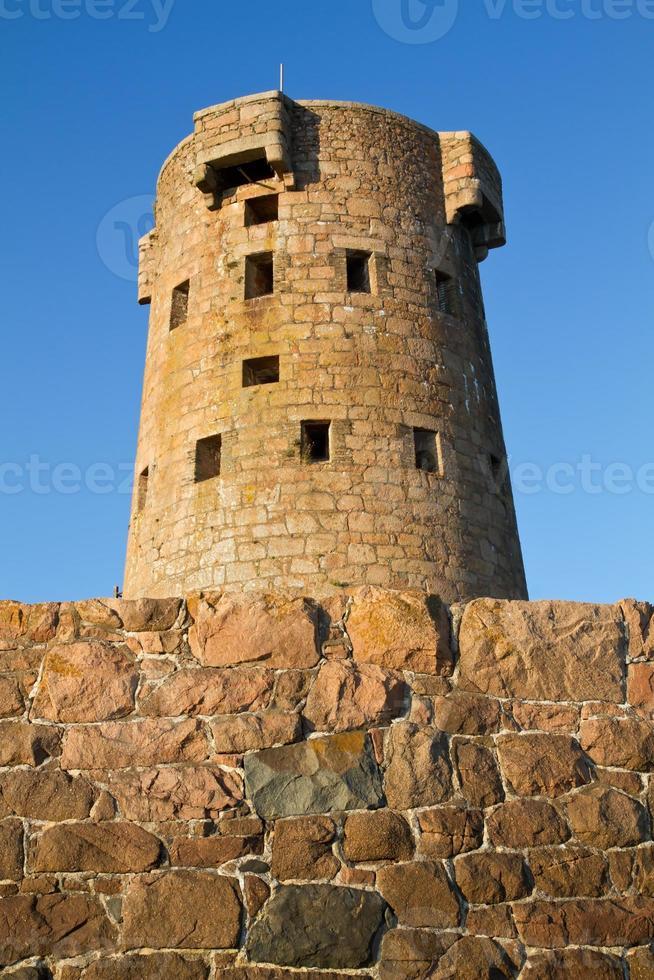 torre histórica le hocq na costa de jersey (reino unido) foto