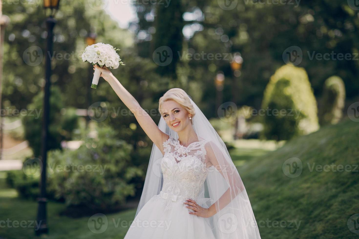 dia de sol do casamento foto