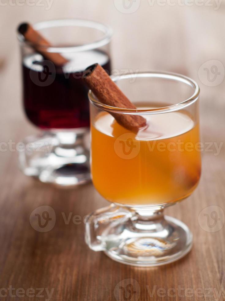vinho quente ou chá foto