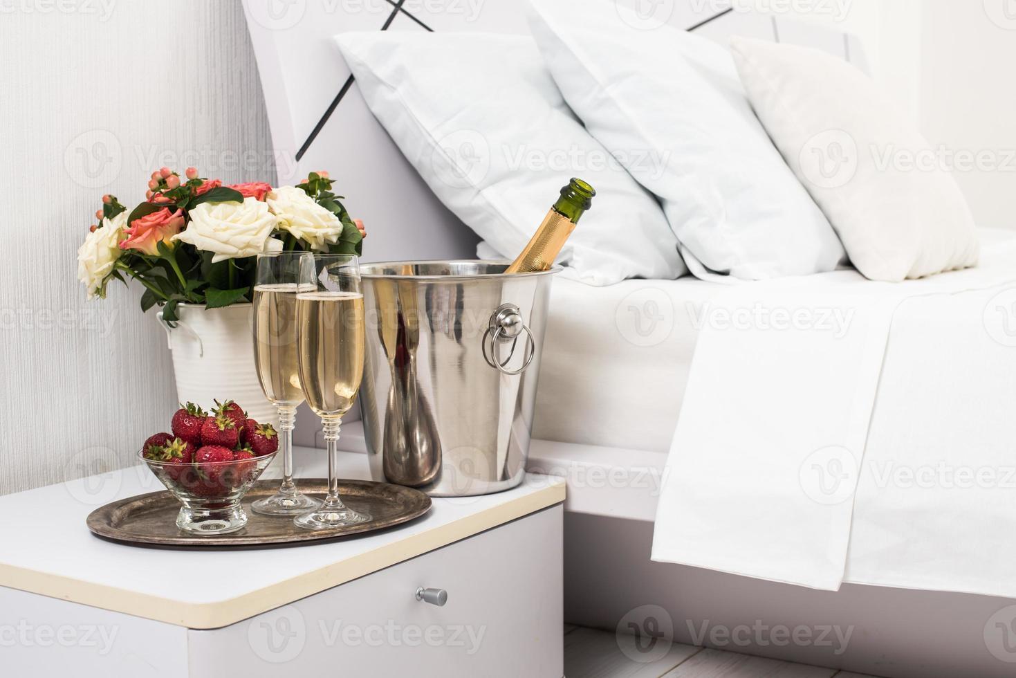 champanhe na cama foto