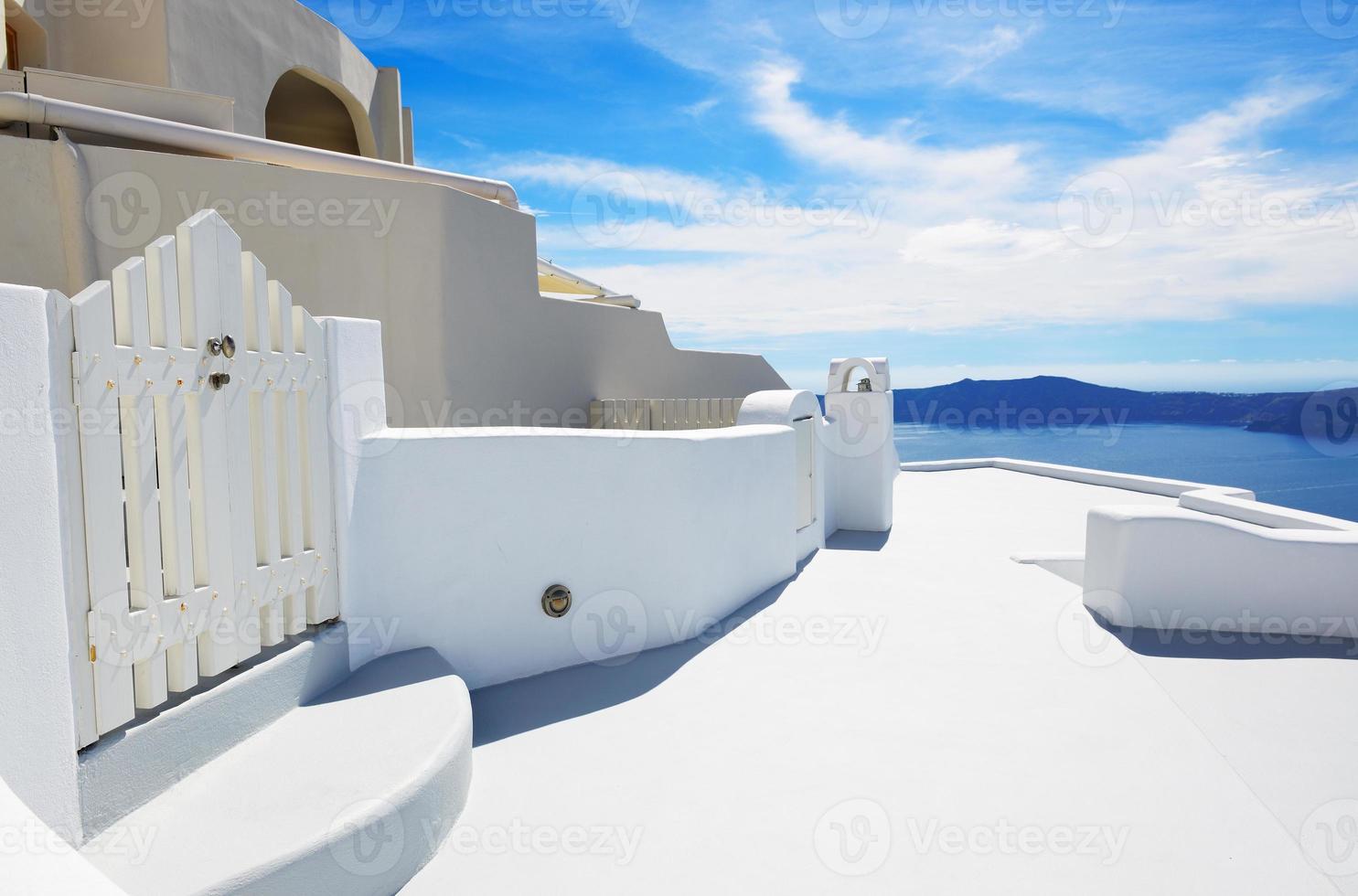 a casa na ilha de santorini, grécia foto